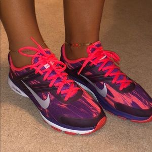 Nike Flywire Dual Fusion Sneakers Size 8